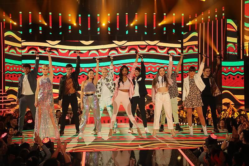 "OT 2020 canta ""Waka Waka (Esto es África)"", de Shakira, en la Gala 7 de Operación Triunfo 2020"