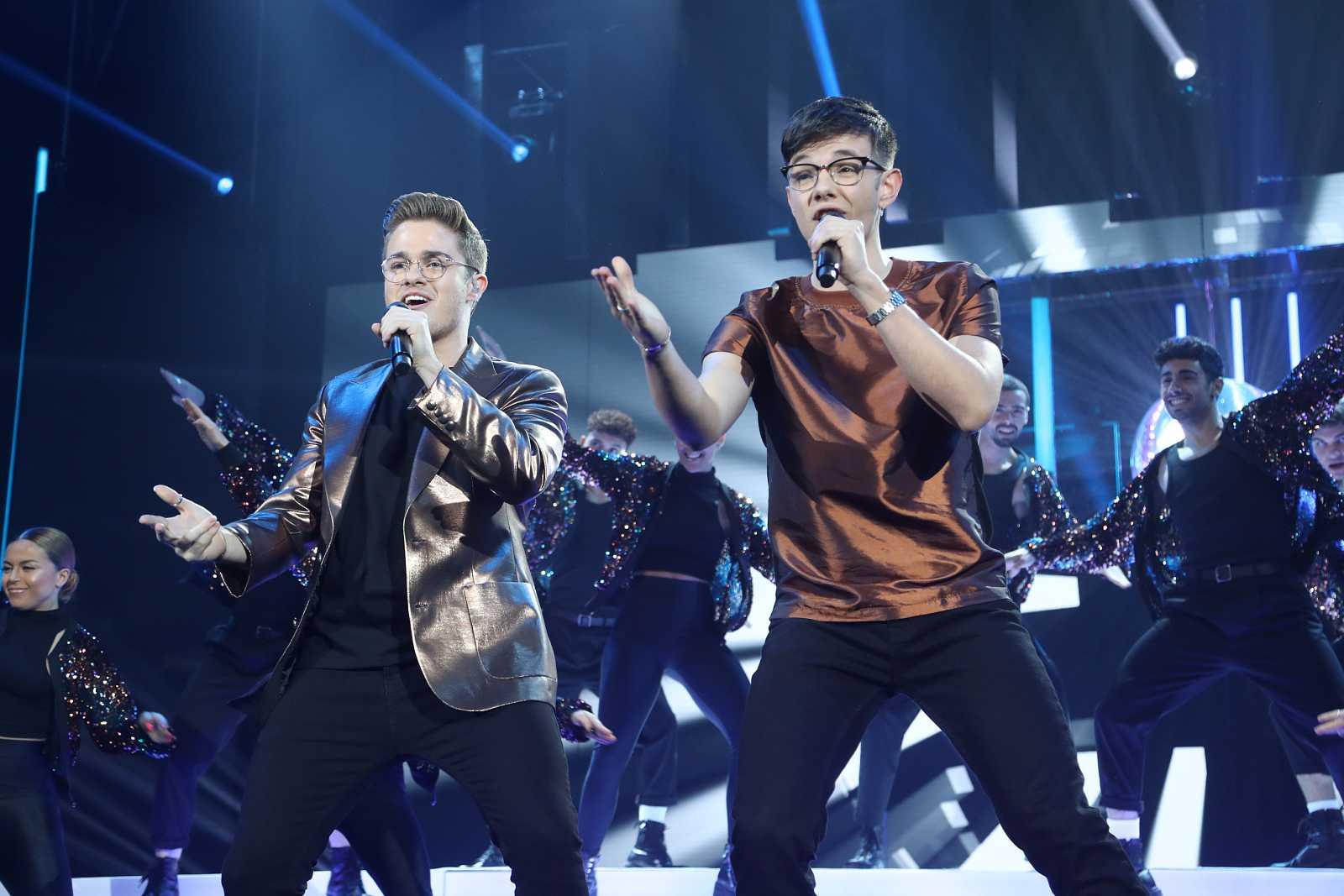 """Gèrard y Flavio cantan """"Never Gonna Give You Up"""", de Rick Astley, en la Gala 7 de Operación Triunfo 2020"""