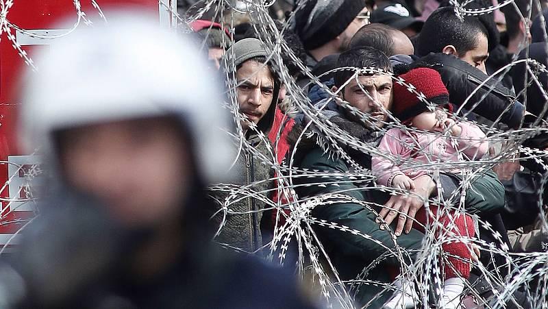 Tensión a ambos lados de la frontera turca con miles de migrantes que cruzan a Europa