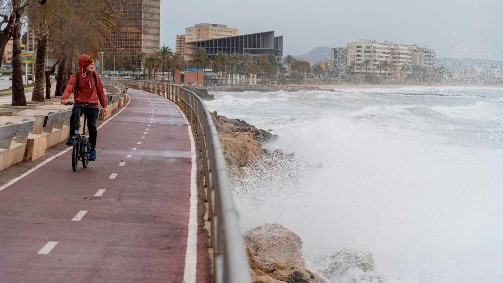 Vientos fuertes o muy fuertes en amplias zonas de la Península y Baleares - Ver ahora