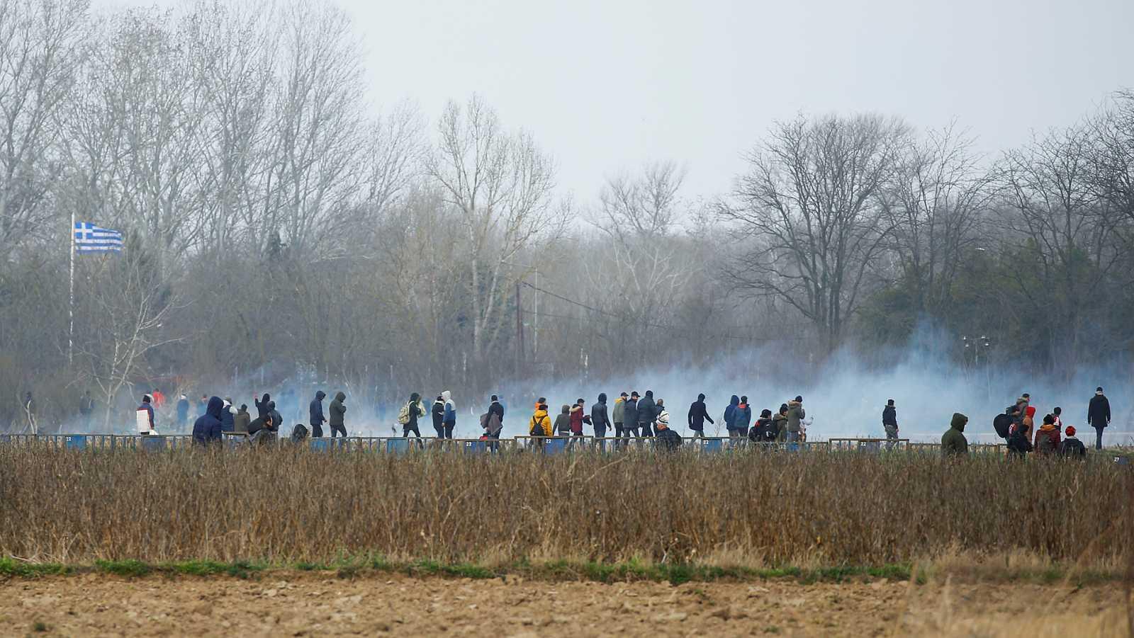 Gases lacrimógenos en la frontera de Grecia