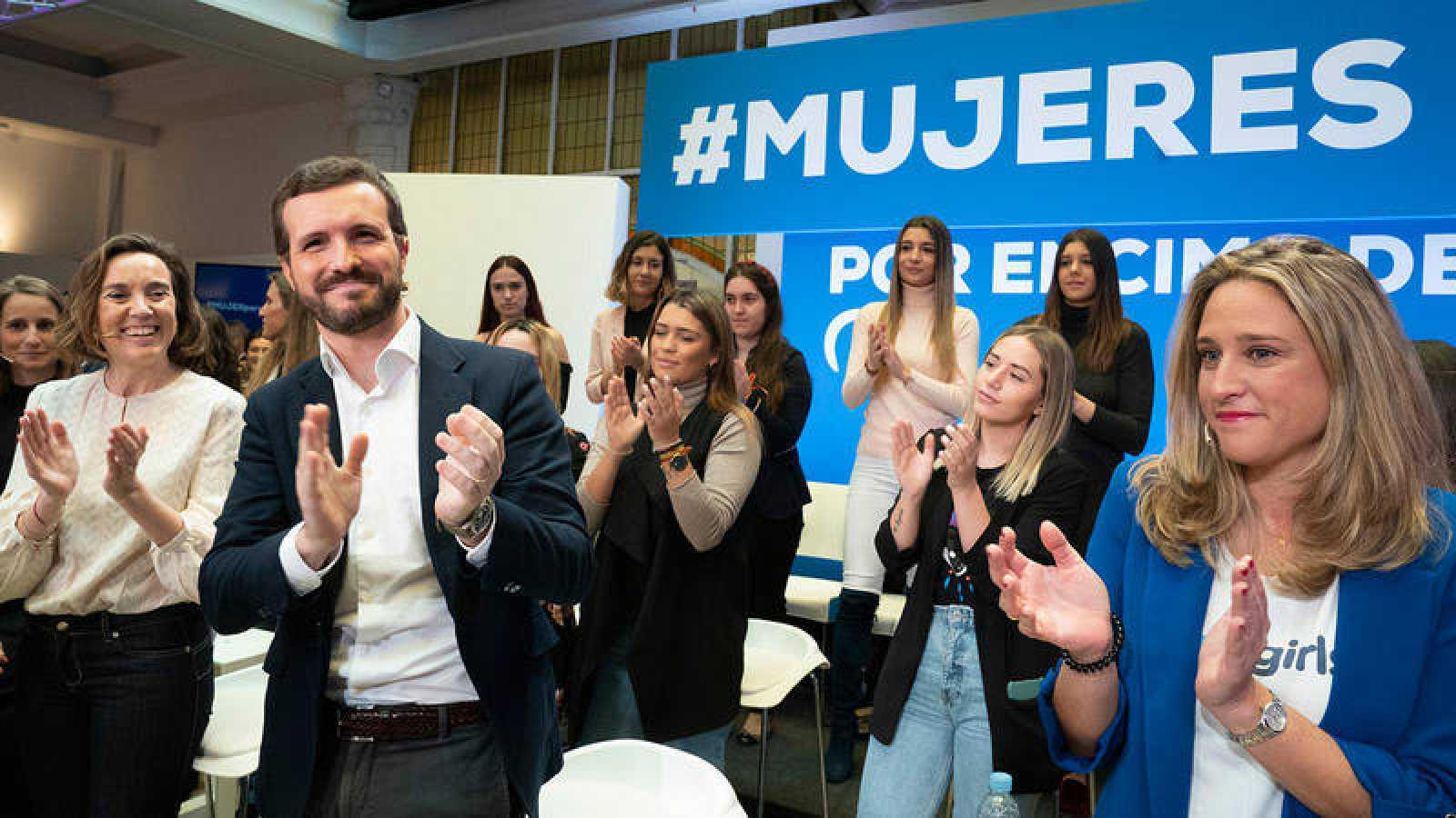 Casado sale en defensa de Álvarez de Toledo tras sus polémicas declaraciones sobre feminismo