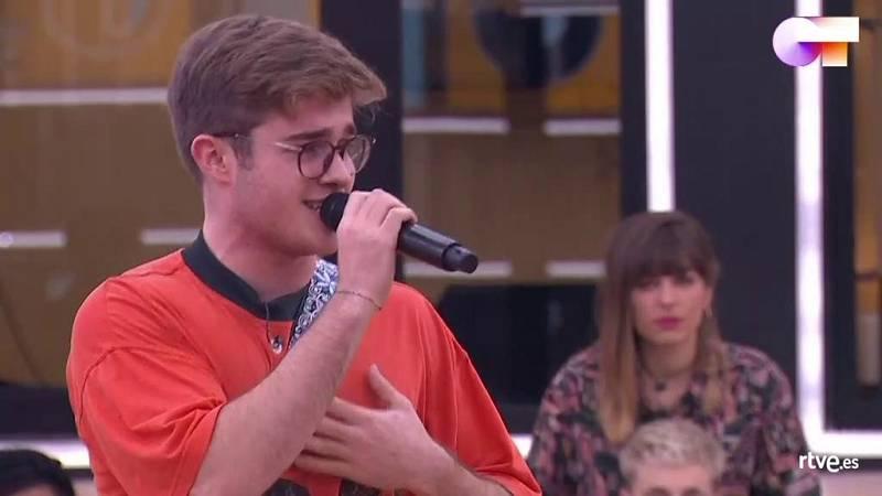 """Gèrard canta """"Brown Eyed Lover"""", de Allen Stone, en el segundo pase de micros de la Gala 8 de Operación Triunfo 2020"""