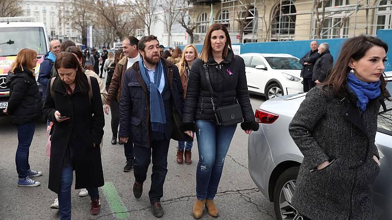 Ciudadanos abandona la marcha del Día de la Mujer en Madrid tras ser increpados