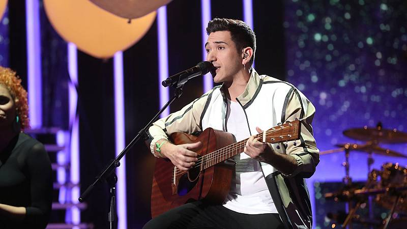 """Bruno canta """"La puerta violeta"""" en la Gala 8 de Operación Triunfo 2020"""