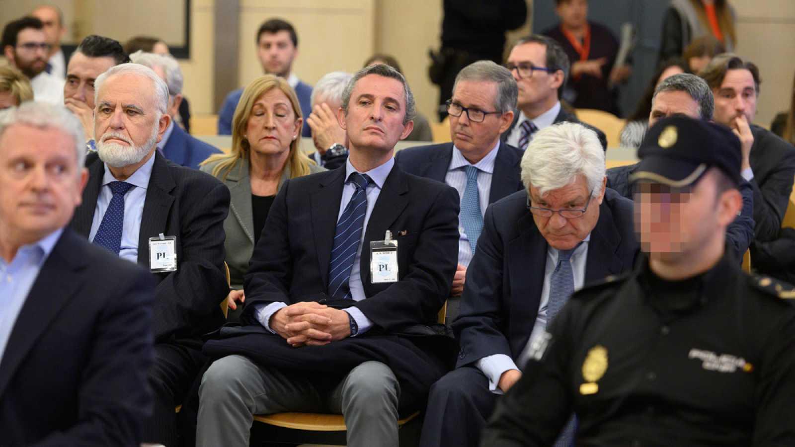 Trece acusados en el juicio por la Gürtel reconocen contrataciones irregulares durante la visita del papa