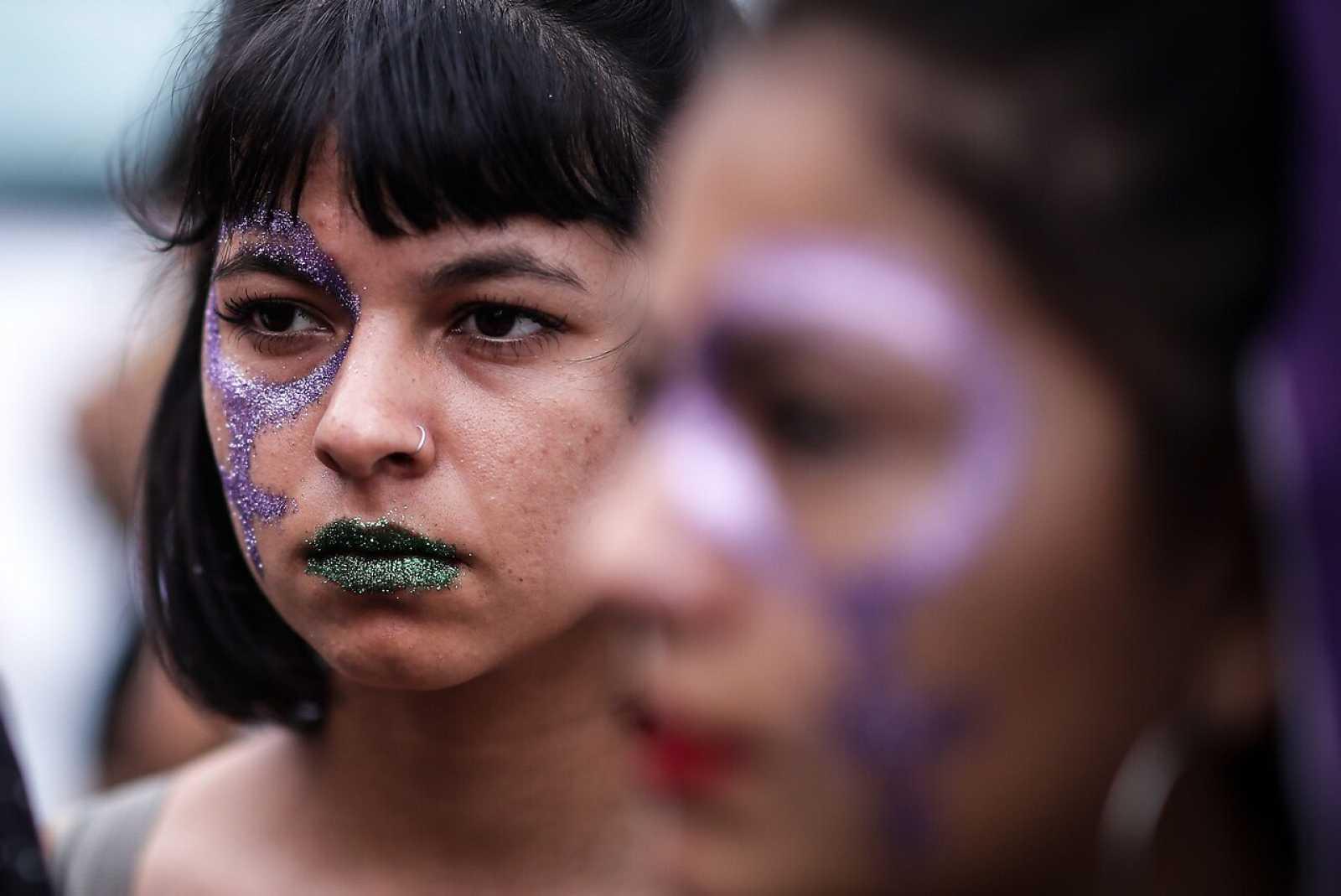 Miles de mujeres salen a manifestarse en Argentina para pedir la legalización del aborto