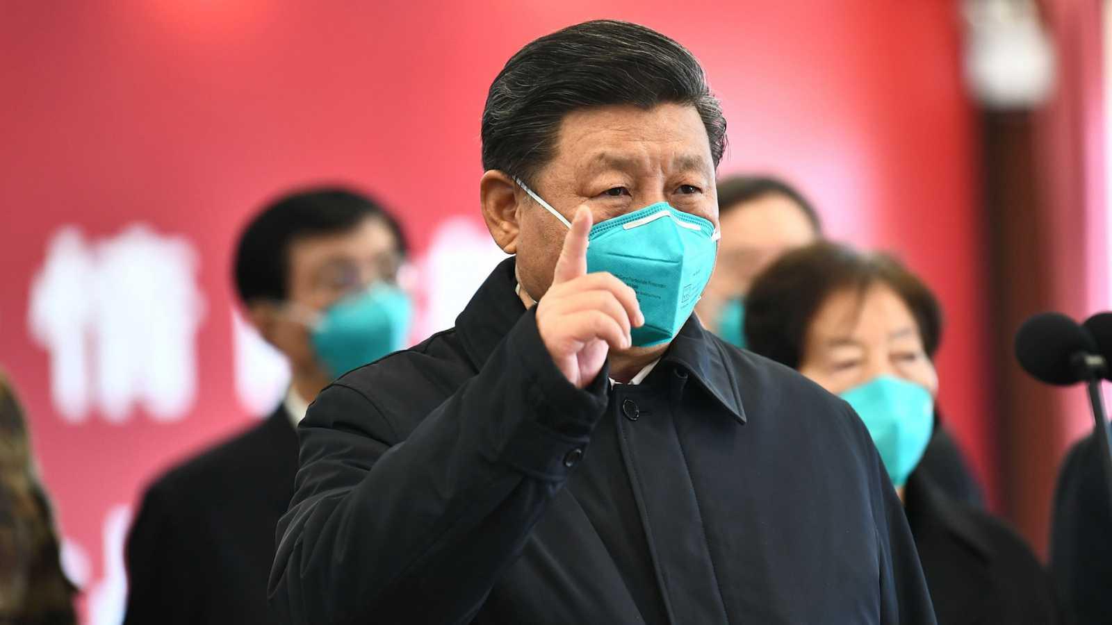 Vídeo: El presidente de China, Xi Jinping, visita la zona cero del coronavirus
