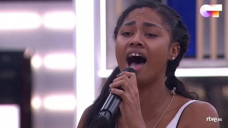 """Nia canta """"El triste"""", de José José (versión de Yuri) en el primer pase de micros de la Gala 9 de Operación Triunfo 2020"""