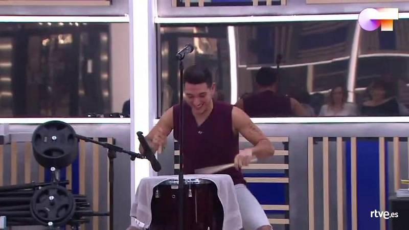 """Bruno canta """"Quiero tener tu presencia"""", de Seguridad Social, en el primer pase de micros de la Gala 9 de Operación Triunfo 2020"""