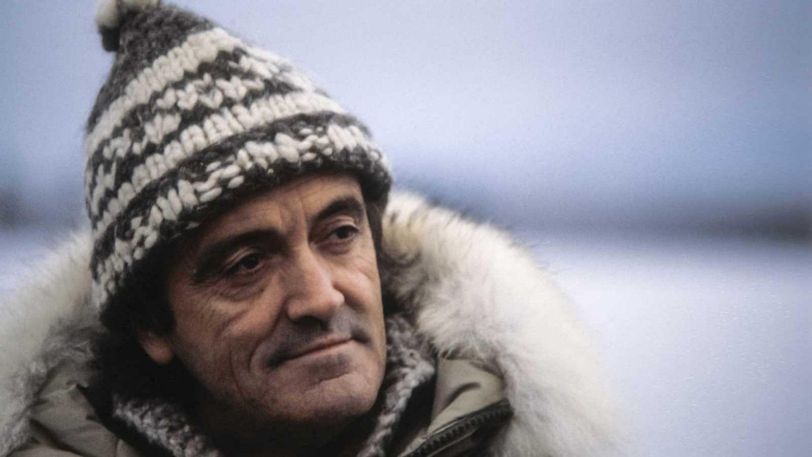 El 14 de marzo de 1980, hace cuarenta años, el naturalista Félix Rodríguez de la Fuente murió en accidente de avioneta junto a los miembros de su equipo de TVE Teodoro Roa y Alberto Mariano, además de Warren Dodson, el piloto estadounidense que los t