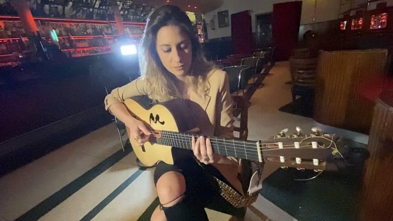 Cámara Abierta 2.0 - María Peláe en música conectada; la biblioteca online Impacteca; el canal Traders de Youtube; Joaquín Reyes en 1minutoCOM  - ver ahora