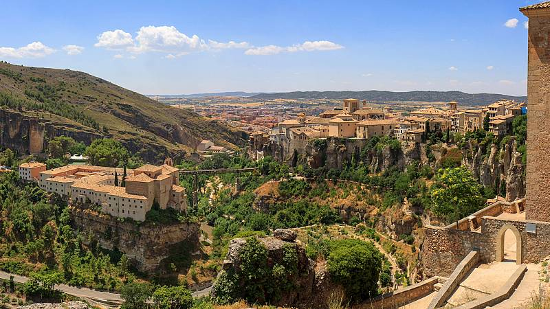 Un país mágico - Cuenca - ver ahora