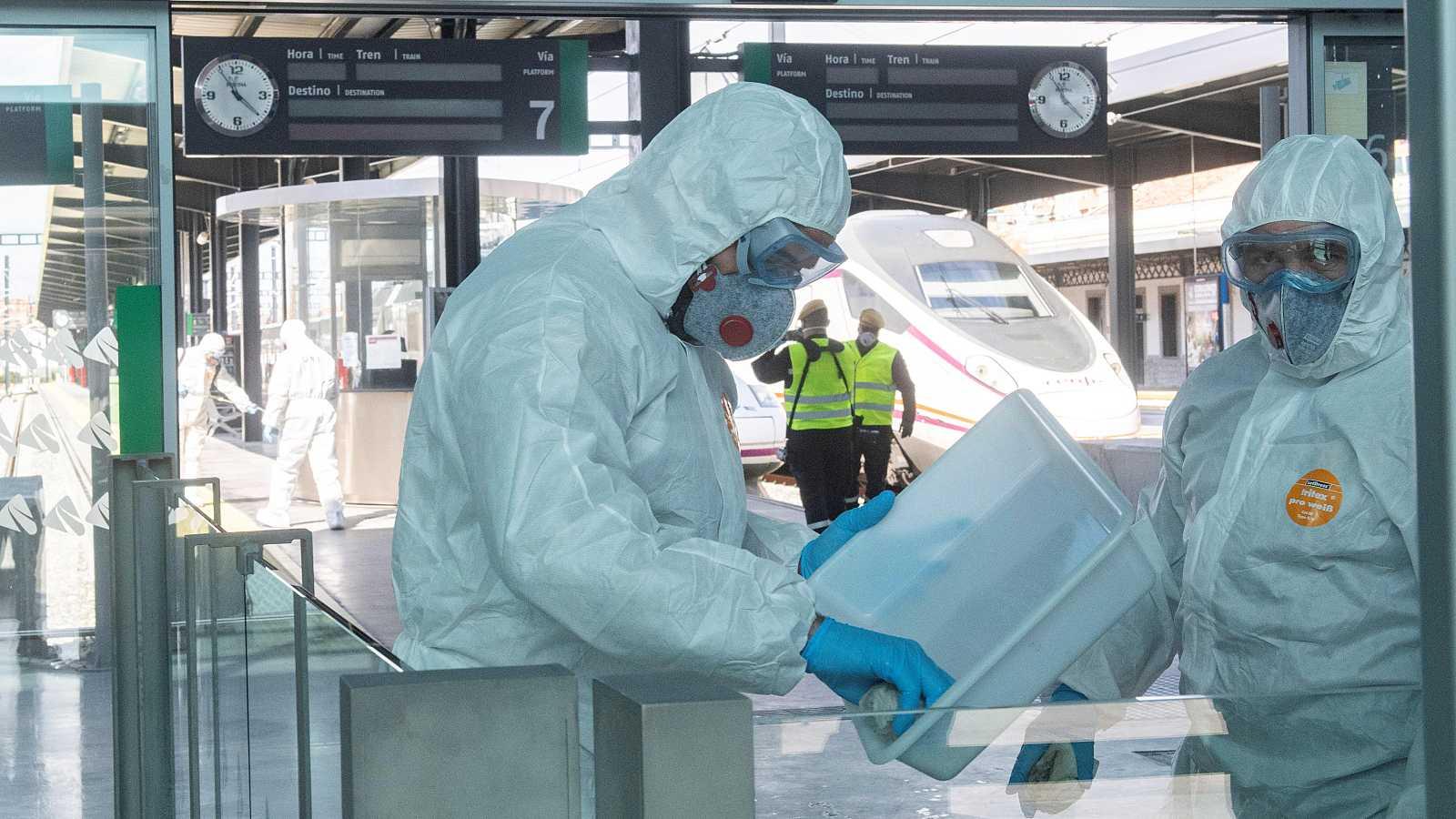 """El Ministerio de Sanidad ha asegurado este miércoles que los test rápidos para detectar positivos de coronavirus """"van a llegar en cantidades grandes muy rápidamente"""". """"Se va a empezar inmediatamente a hacer las pruebas a todas las personas con sintom"""