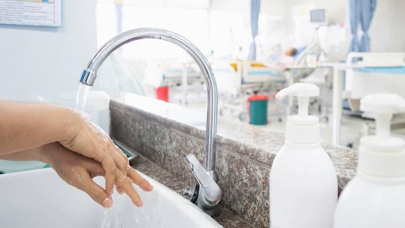 Así es el material y medidas de higiene de los sanitarios para la atención a domicilio por el coronavirus