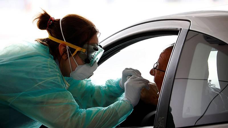 Sanidad anuncia la compra de material sanitario y kits de deteción del virus