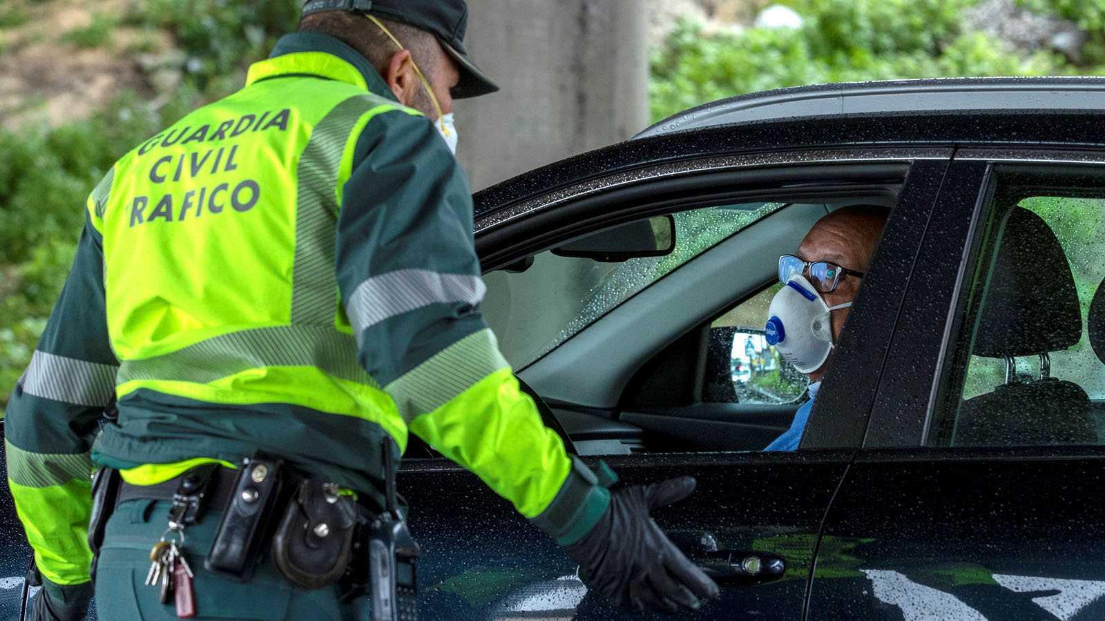 Image result for Policía Nacional y la Guardia Civil coronavirus