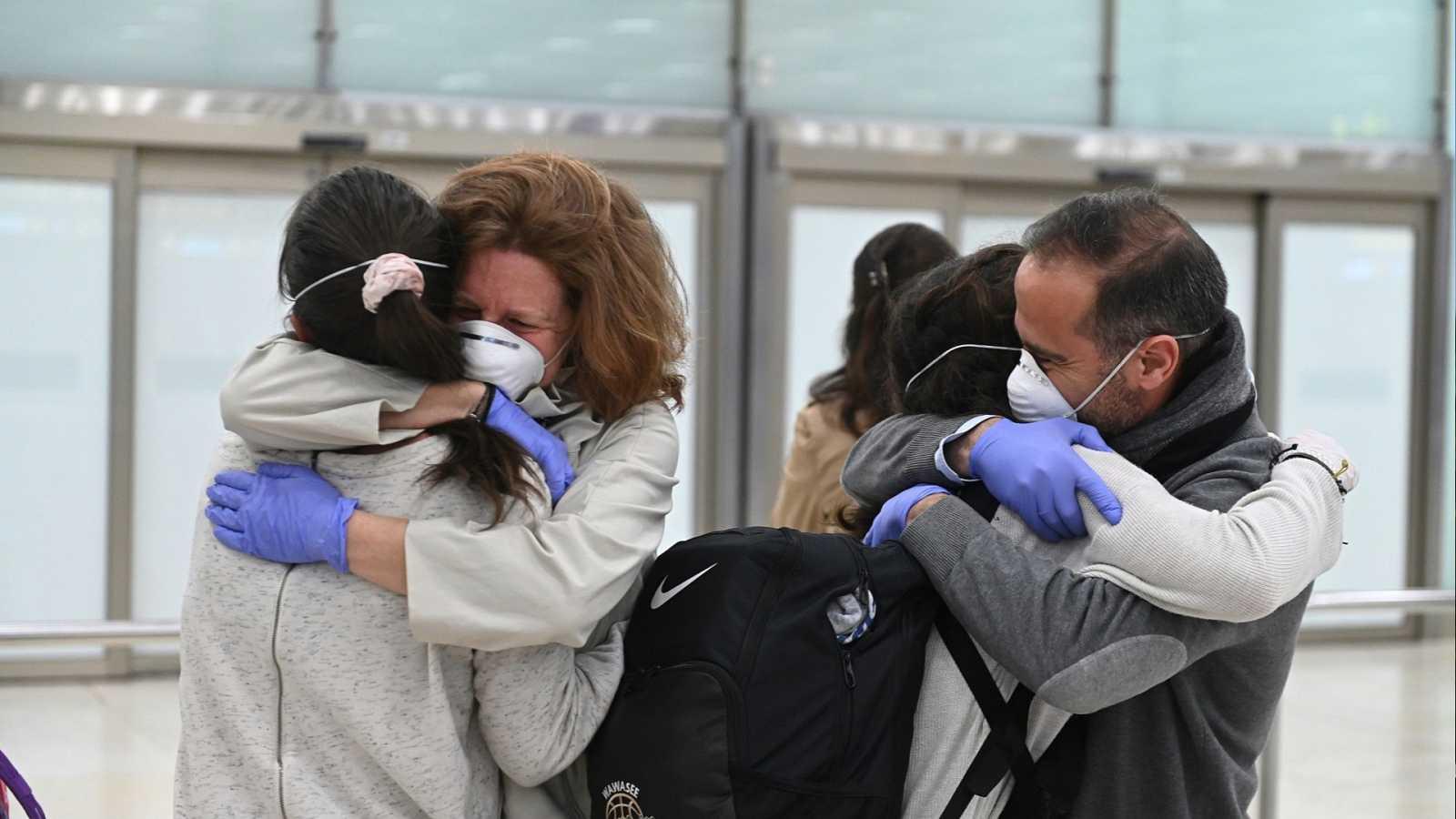Unas mil personas han regresado a España durante el fin de semana y otras 3.000 están pendientes de poder hacerlo