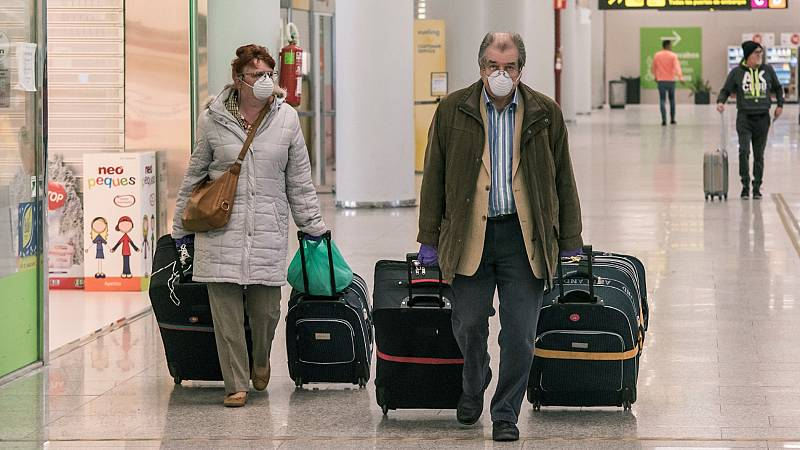 Muchos españoles en el extranjero, obligados a hacer cuarentenas por el coronavirus