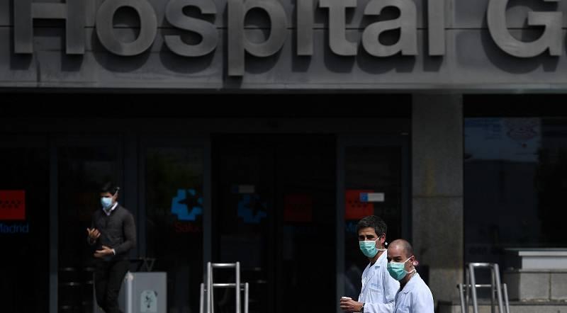 """La situación en los hospitales de Madrid sigue siendo """"muy complicada"""""""