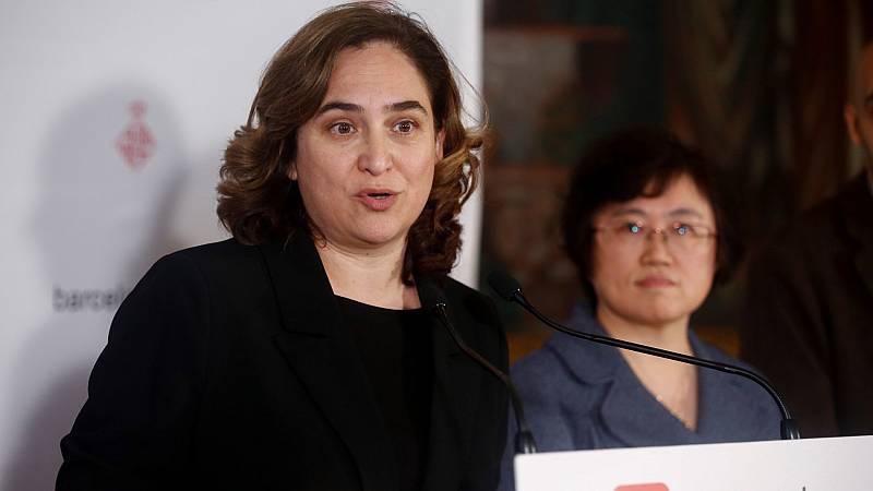 """Ada Colau: """"Hemos detectado cuatro pabellones municipales cerca de hospitales y ya se está trabajando en poner camas"""""""