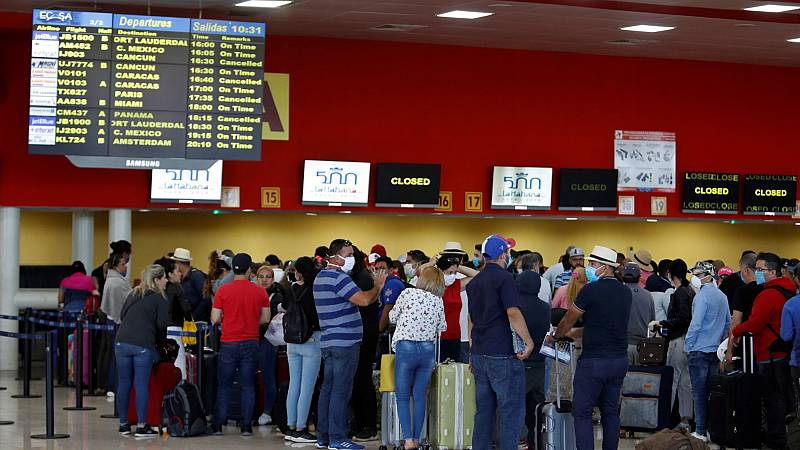 Exteriores espera repatriar a casi 2.000 turistas españoles en colaboración con otros países