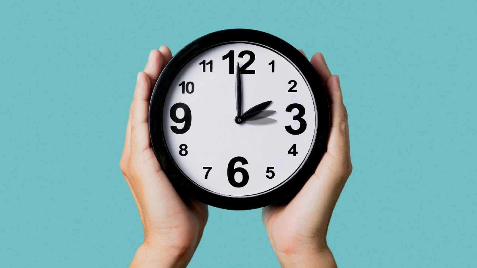 Esta madrugada cambia la hora en pleno confinamineto: a las 2.00 serán las 3.00