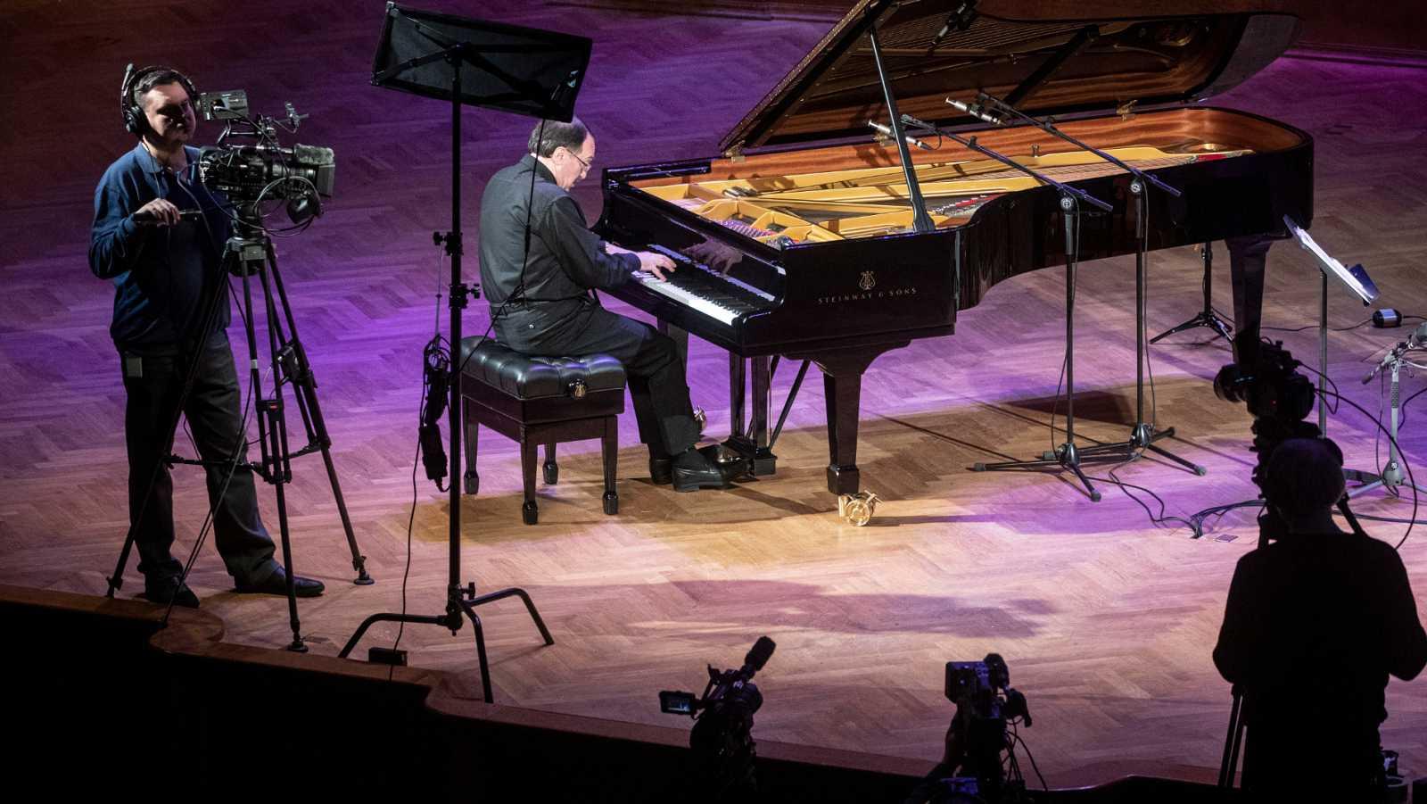 Vídeo: Se celebra el Día Mundial del piano - RTVE.es