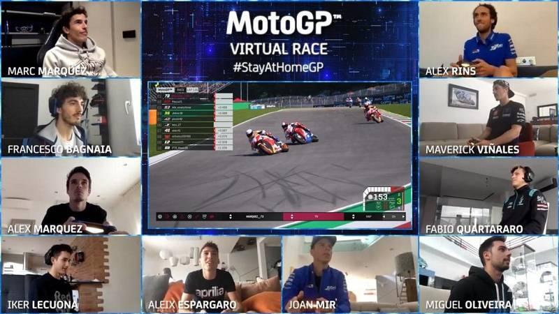 Los pilotos de MotoGP compiten desde casa