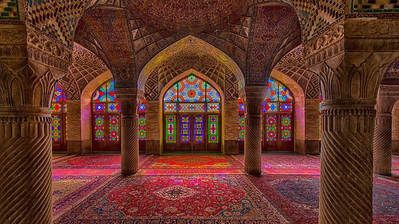 Documenta2 - Monumentos sagrados: Mezquitas, arte y espacio - ver ahora