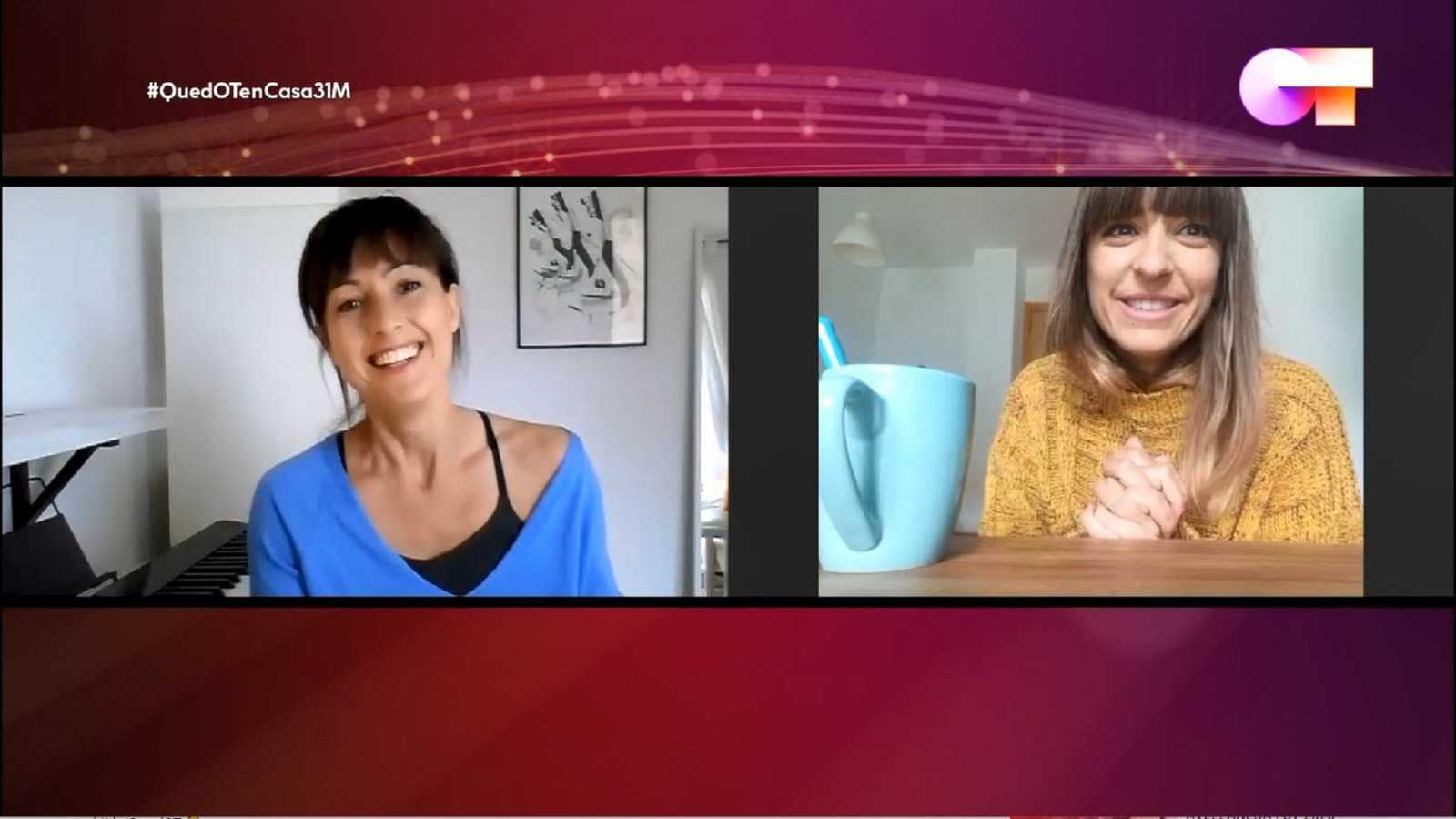 Maialen y Laura Andrés en una videollamada en tiempos de confinamiento
