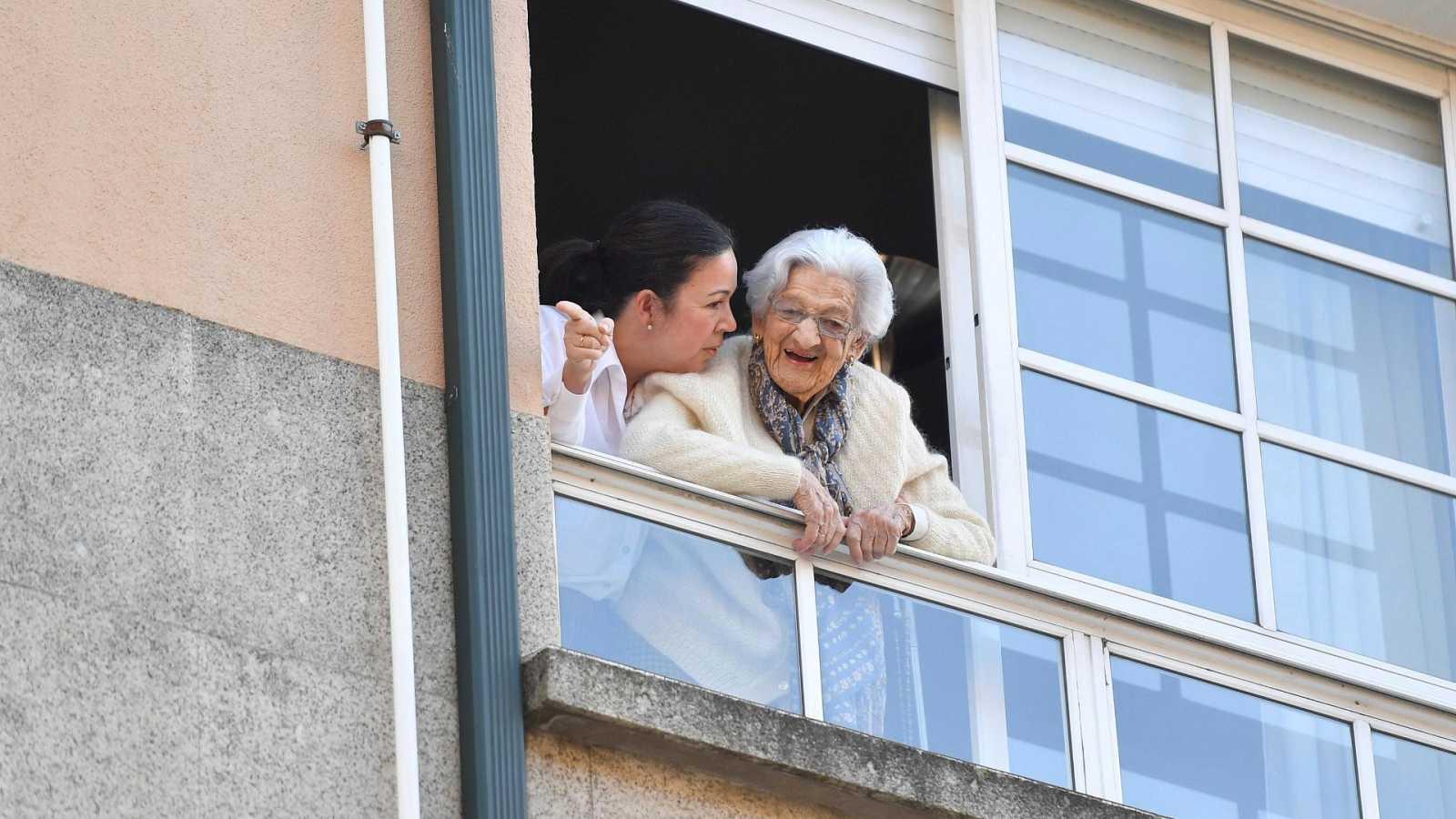 Lulú, la vecina más veterana de Pontevedra cumple 110 años confinada en su casa