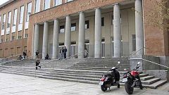 El Gobierno estudia que algunas universidades puedan retomar las clases presenciales