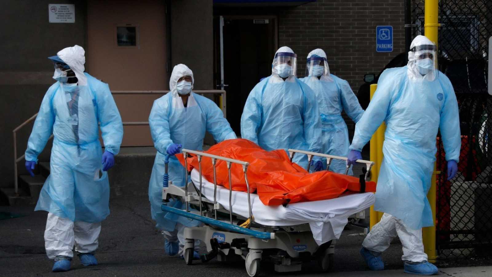 La pandemia de coronavirus desborda los hospitales en Estados Unidos