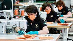 Lamborghini, Prada y Armani, entre otros, se reinventan fabricando mascarillas en Italia
