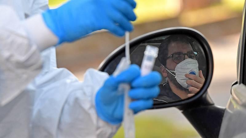 Sanidad seguirá compaginando los test PCR con los test rápidos para la detección del coronavirus