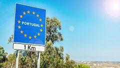El cierre de fronteras por el coronavirus impide a algunos ganaderos acceder sus tierras situadas en un pueblo limítrofe con Portugal