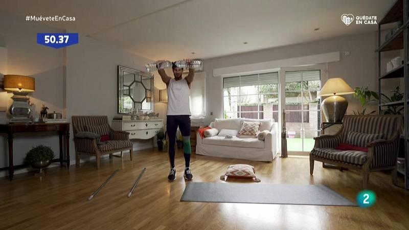 Muévete en casa - ¡Circuito completo de cardio, fuerza y core!