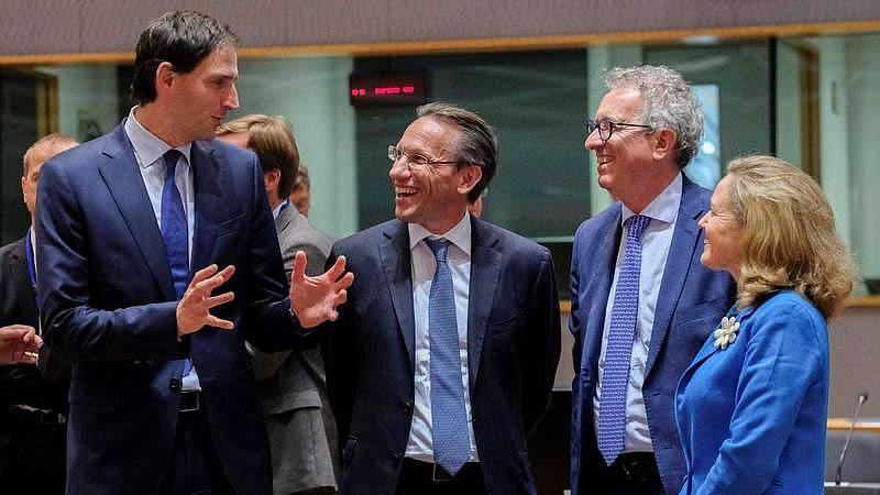 Las discrepancias entre norte y sur podrían prologar la reunión del Eurogrupo toda la noche