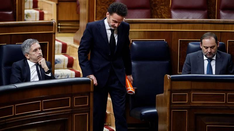 El portavoz de Ciudadanos en el Congreso de los Diputados, Edmundo Bal, ha agradecido el trabajo a los trabajores de las Cortes que no son diputados: policía, ujieres, personal de limpieza... Pero ha lamentado que no se haya podido celebrar el Pleno