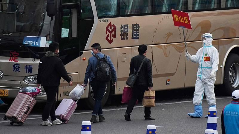 China permite los viajes desde Wuhan a otros puntos del país