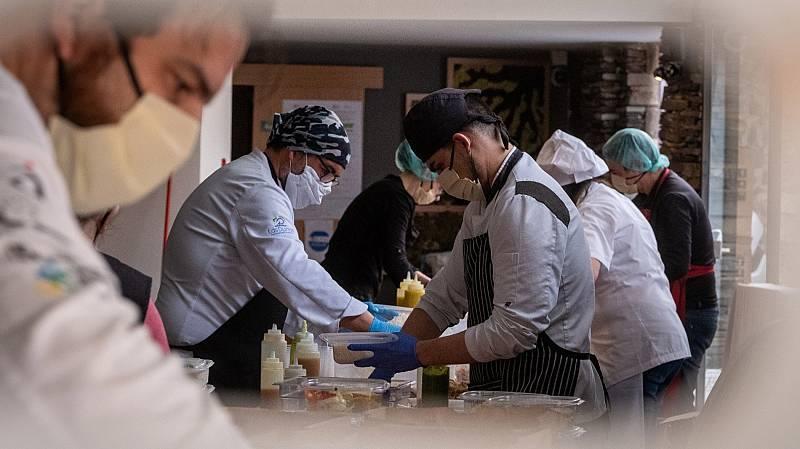 El Gobierno recomienda a los trabajadores que retoman la actividad utilizar la mascarilla