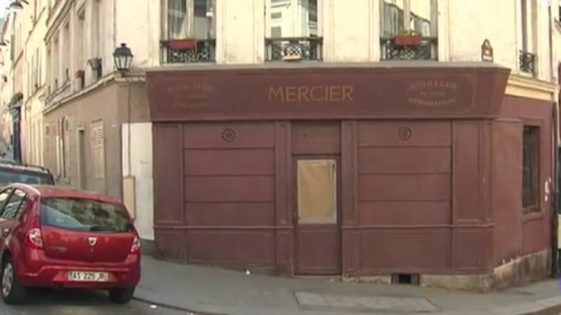 La curiosa imagen del decorado de la película 'Montmartre' en mitad del París confinado