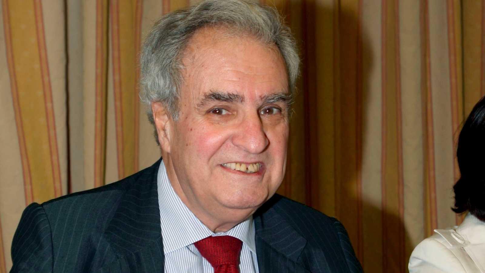 El ex ministro de Justicia y exDefensor del Pueblo, Enrique Múgica, ha fallecido este viernes 11 de noviembre a los 88 años de coronavirus.