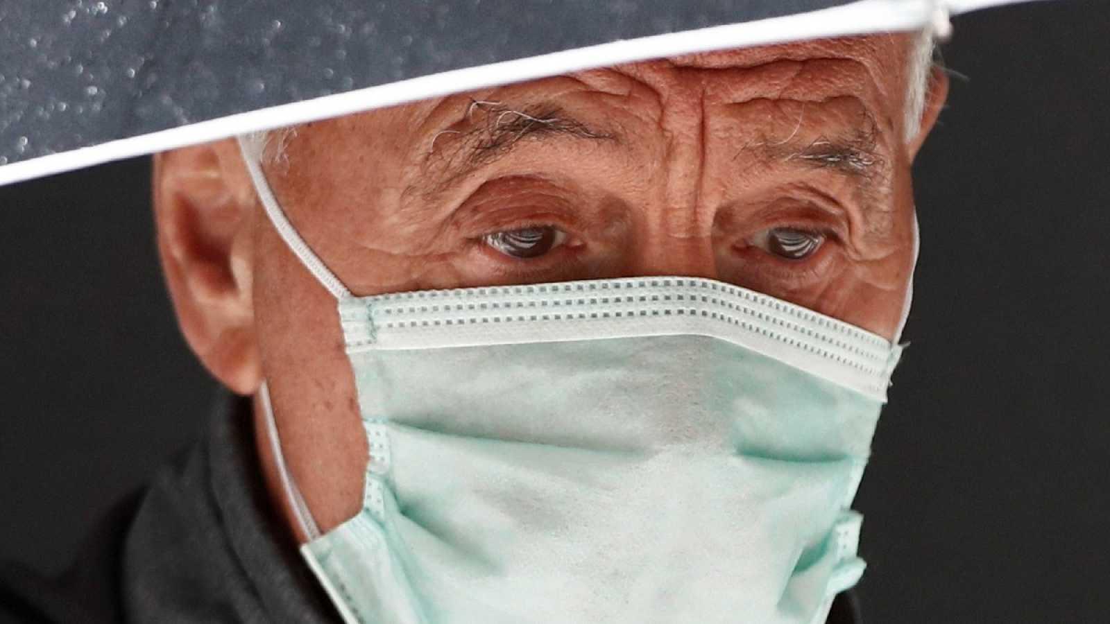 Así se utilizan las mascarillas higiénicas que el Gobierno recomienda a la población contra el coronavirus