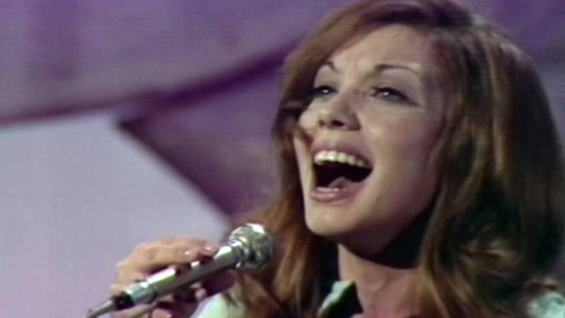 """Festival de Eurovisión 1971 - Karina cantó """"En un mundo nuevo"""""""