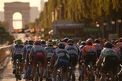El posible atraso del Tour hace tambalear las fechas de la Vuelta a España 2020