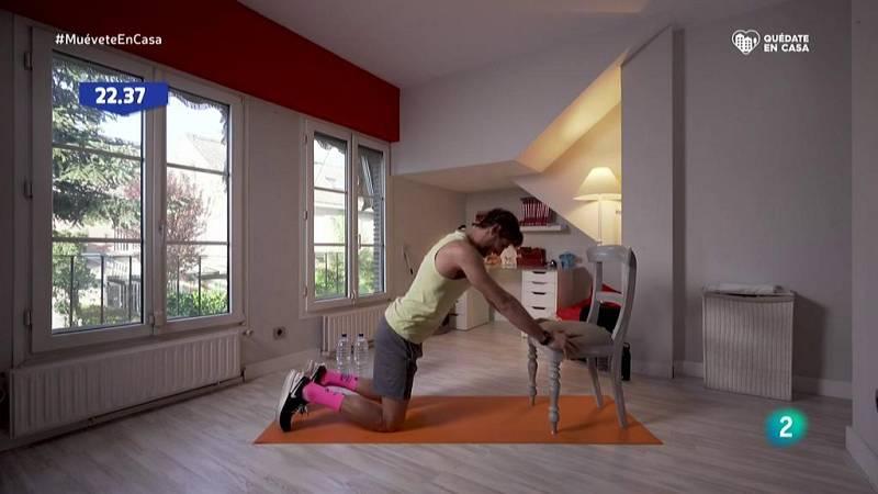 Muévete en casa - ¡Flexiones para fortalecer el pecho y los tríceps!