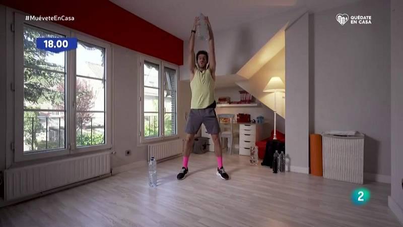 Muévete en casa - ¡Trabaja la espalda con peso!