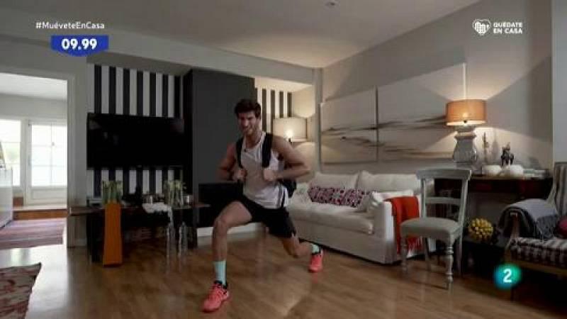 Muévete en casa - ¡Trabaja las piernas con peso!